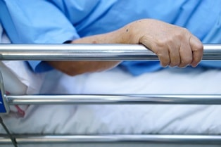 unlawful use of physical and chemical restraints in nursing homes